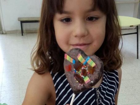 האם הורים צריכים להתערב במה ילדים אוכלים?