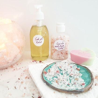 סבון לב+שמן אמבט ומלחים טבעיים לאמבטיה ארומטית מרגיעה ומפנקת