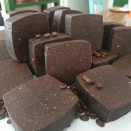 סבון פילינג קפה שוקולד מעולה לניקוי עמוק ולהתחדשות העור