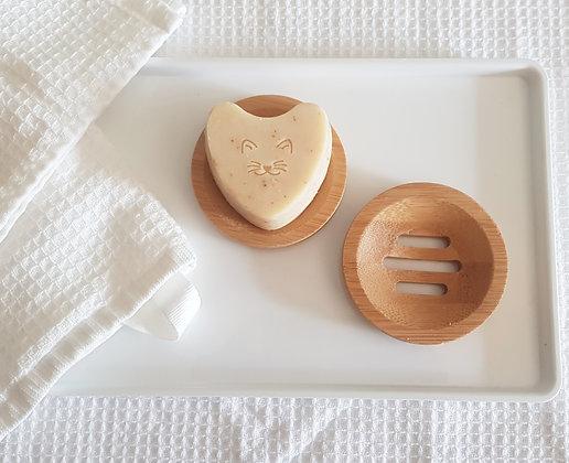 סבון לב שיבולת שועל עשיר בחמאת שיאה וקרם קוקוס של לימא ארומתרפיה