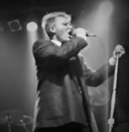DM in Concert 10. Oasis? 1994?