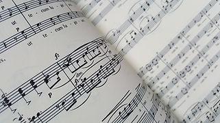 music-3320006_1920.jpg