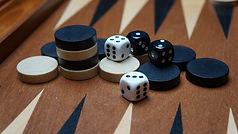 backgammon-1903937_1920.jpg