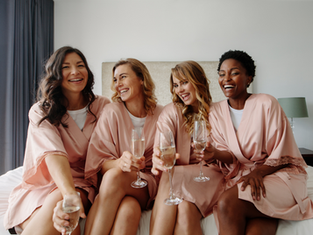 5 Rules for choosing your bridesmaids and groomsmen