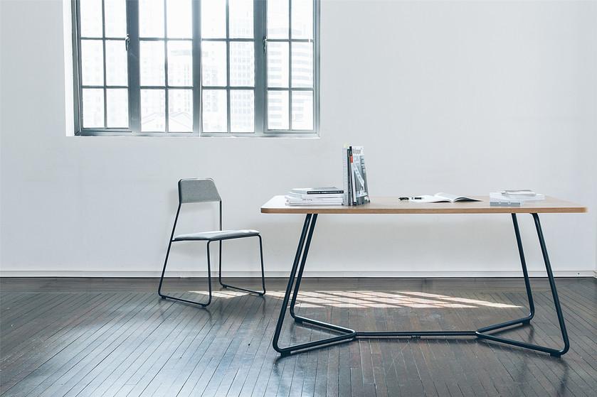 swan-table-2jpg