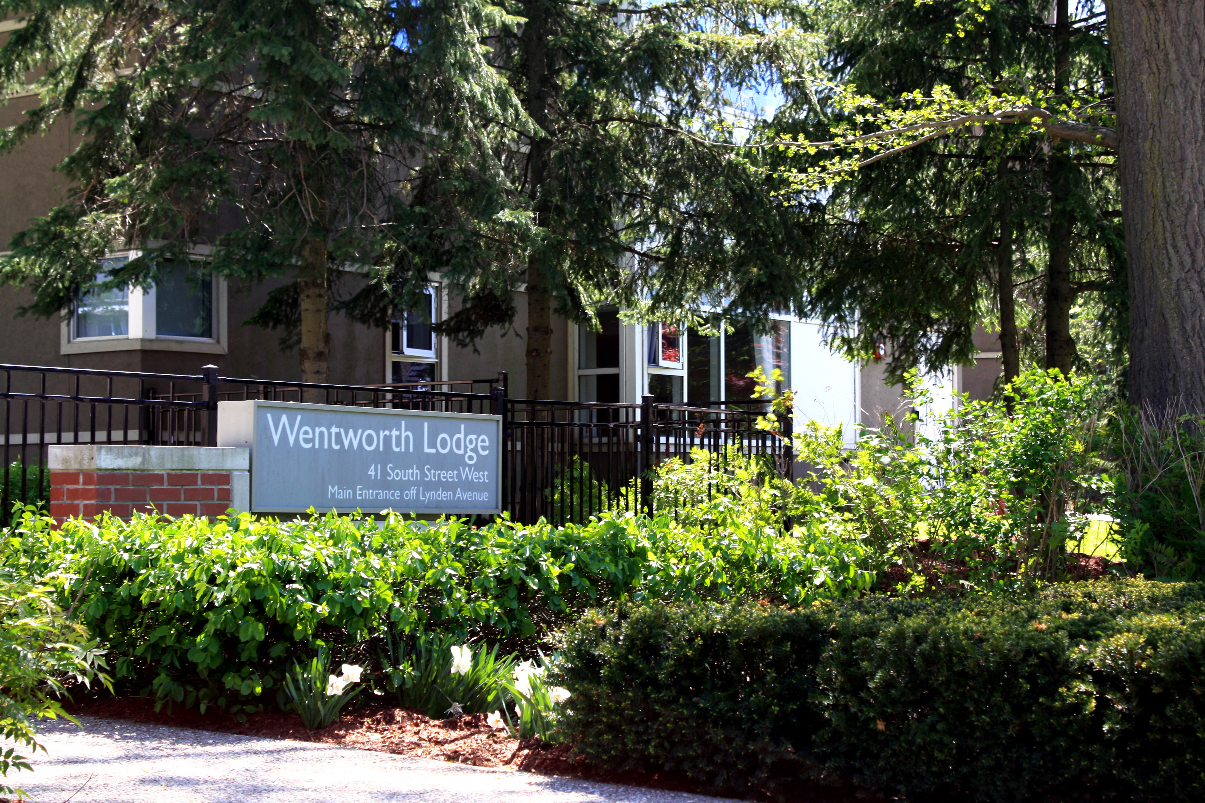 Wentworth Lodge