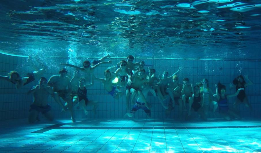 Schwimmen unter Wasser