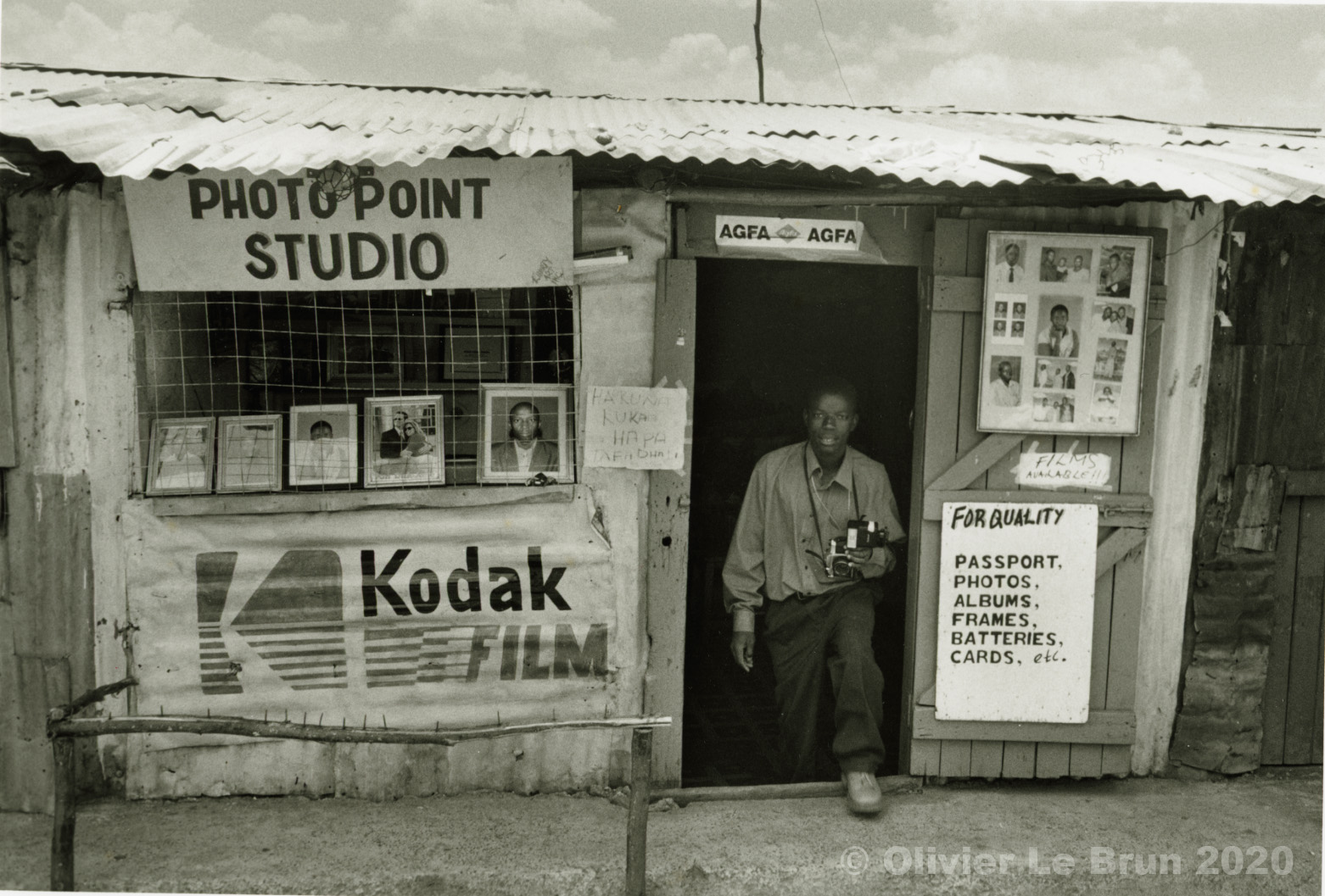 08 studios photo Nairobi, Kenya, 2007