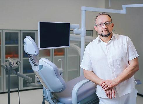 about-dr-zdenko.jpg