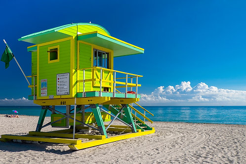 Green and yellow lifeguard stand, SouthBeach, Miami, Florida