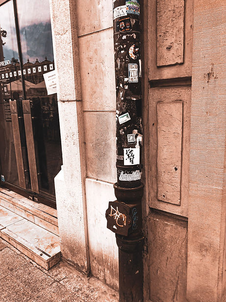 Sticker art graffiti krakow polnd hollywood hamilton stickerbomb
