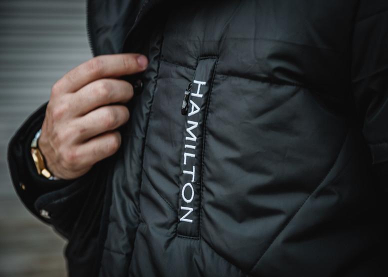 hyper black parka jacket white logo embroidrery on left chest zipper pocket
