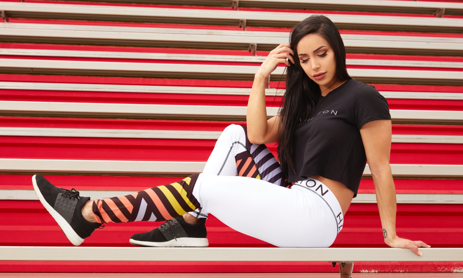 Hollywood Hamilton Clothing Streetleisure Collection 2018 zig zag leggings and black crop top