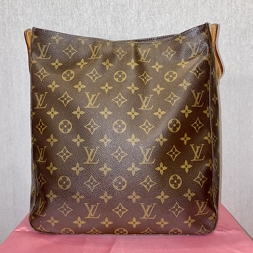 Louis Vuitton looping canvas bag with leather strap