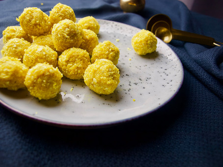 Anti-inflammatory Turmeric Coconut Balls | Vegan, Gluten-free, (Refined) Sugar-free, Paleo| Ayurveda