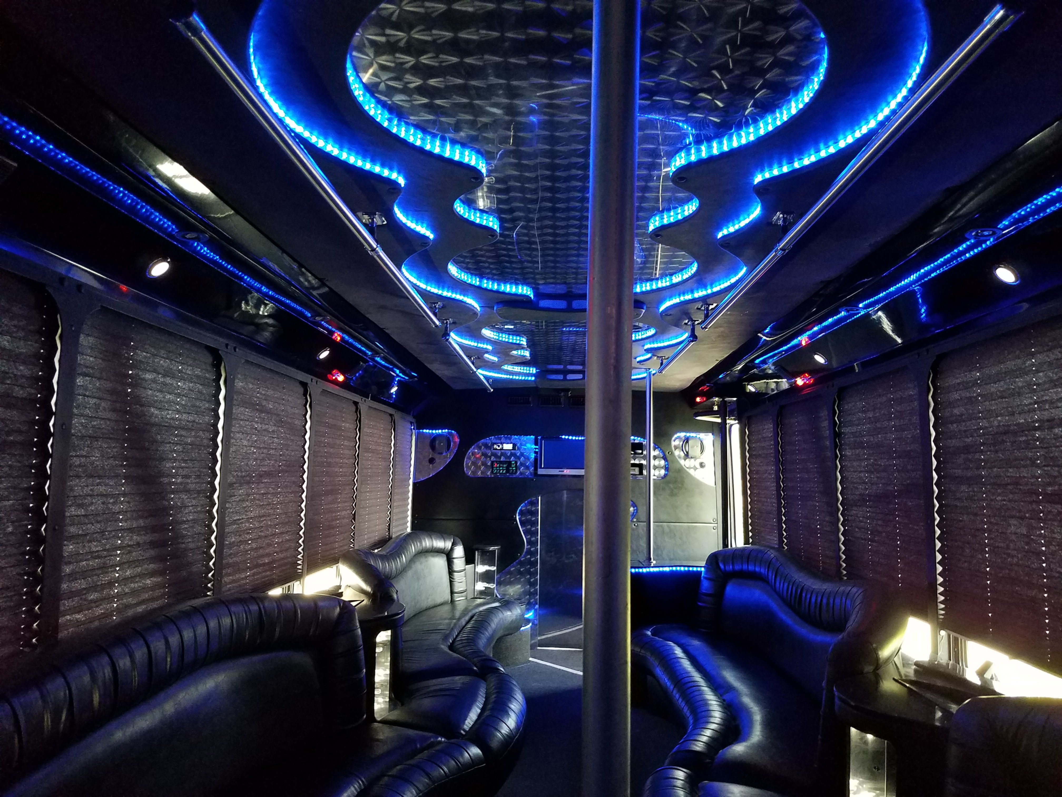 28 Partybus