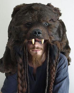 Gruliette, création artisanale d'une coiffe d'ours