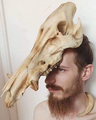 Gruliette Création fantastiques : coiffe sanglier