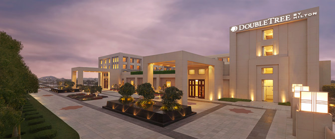 Double Tree by Hiton Agra Exterior