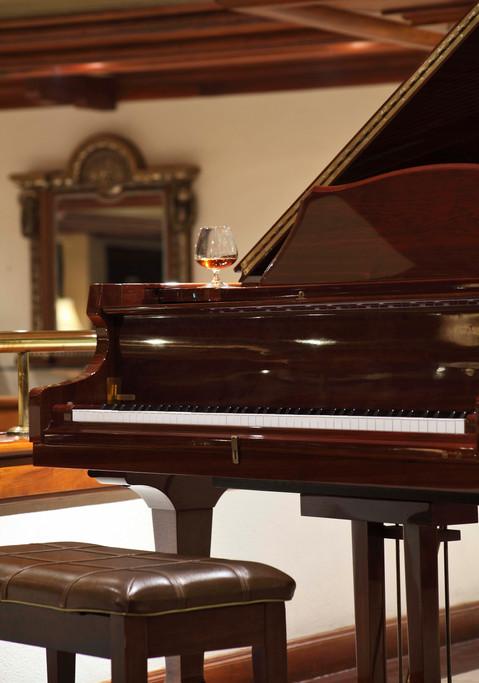 Earls Piano