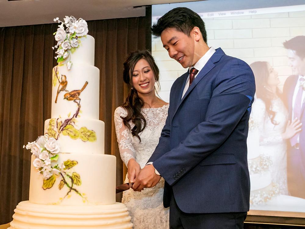 Wedding Cake Cutting at Wedding at Goodwood Park Hotel| Equarius Photography