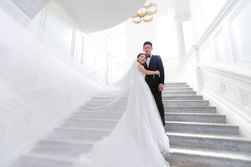Singapore Prewedding Photoshoot at Victoria Concert Theatre by Equarius Photography