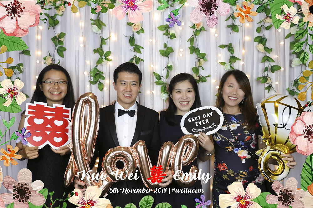 Wedding Photobooth at Singapore Marriott Tang Plaza Hotel by Equarius Photography