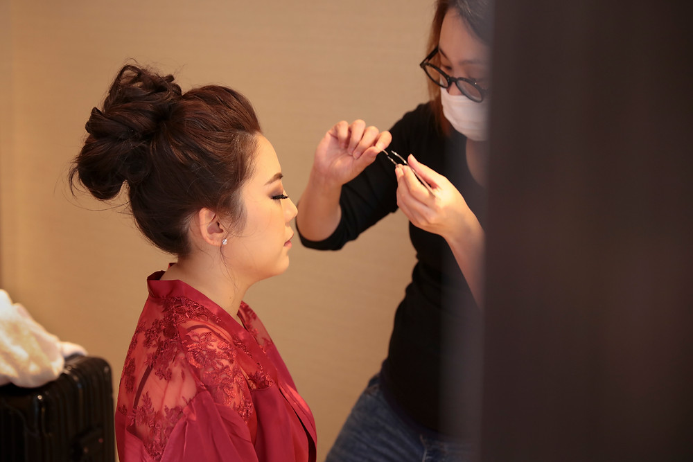 Bride makeup by Autelier
