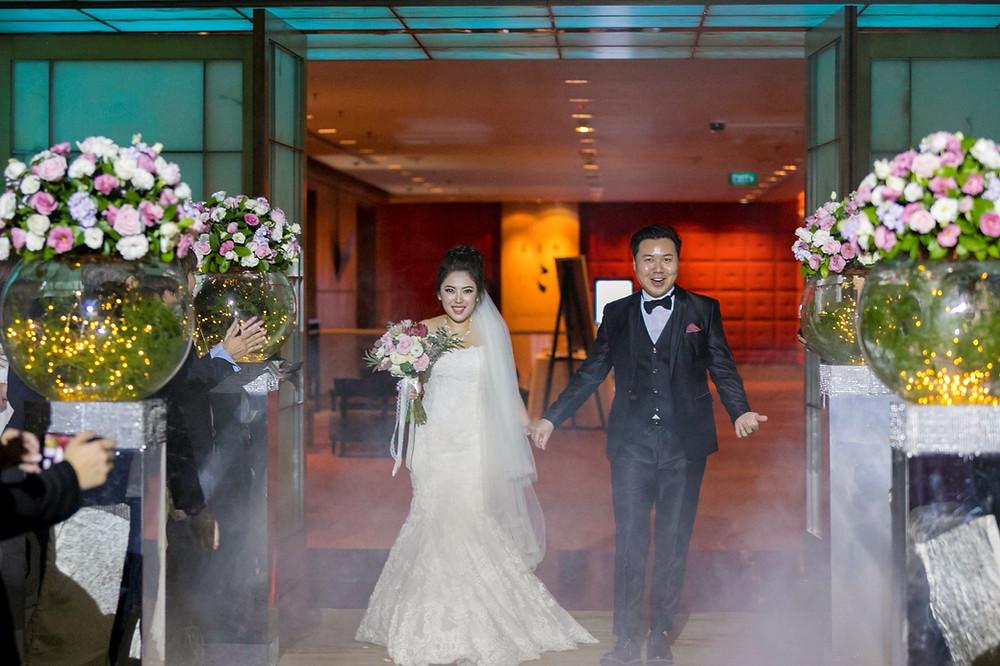 Wedding March in!
