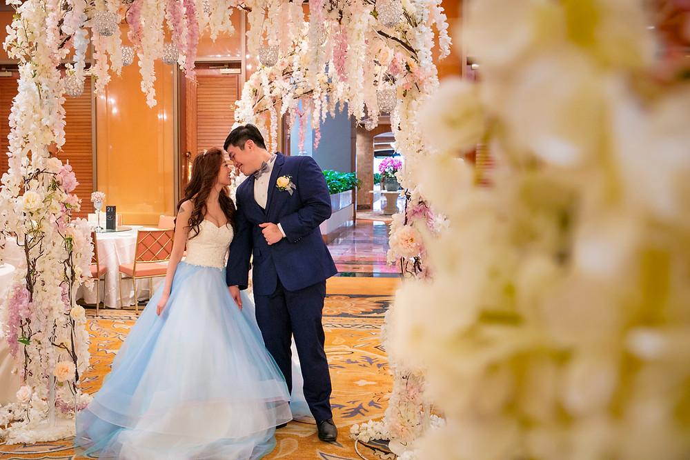 Beautiful Love Wedding at Regent Hotel Singapore| Equarius Photography