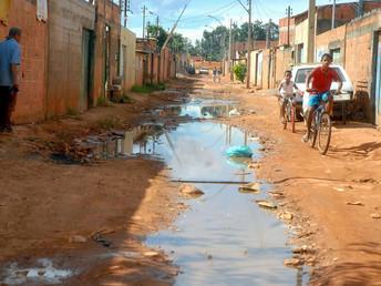 Pescadores de águas turvas: quem lucra com a privatização forçada do saneamento no Brasil