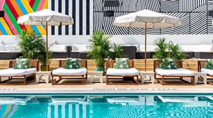 Outdoor Swimming pools in NYC