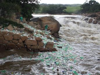 Privatização da água ameaça meio ambiente e saúde humana
