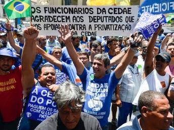 'É como dar cheque em branco': privatizar estatal de água para sanar rombo no Rio é medida &