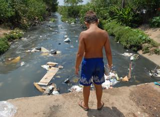 Saneamento básico precário facilita proliferação da covid-19 no Brasil