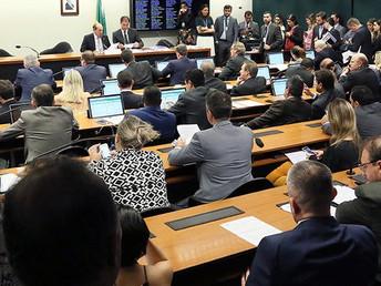 Comissão mista aprova MP da privatização da água