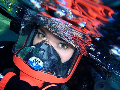 Diver using a full face mask, The Dive Tribe Limited, Solomon Baksh, Scuba classes Trinidad