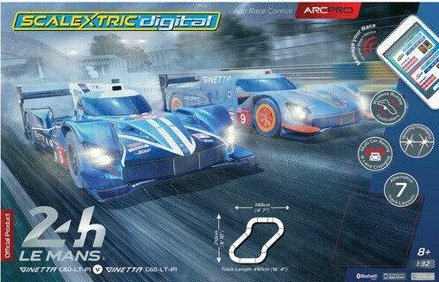 SCALEXTRIC C1404 Digital Set - ARC PRO App Race Control