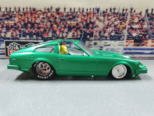 MR SLOTCAR- Outlaw Street - Nissan 280z Green