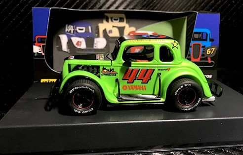 PIONEER P082  Legends Racer Ford Coupe 1934 Hot Rod - green #44