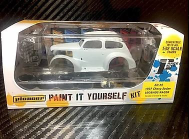 PIONEER PWK5 1937 Chevy Sedan Hot Rod White Kit