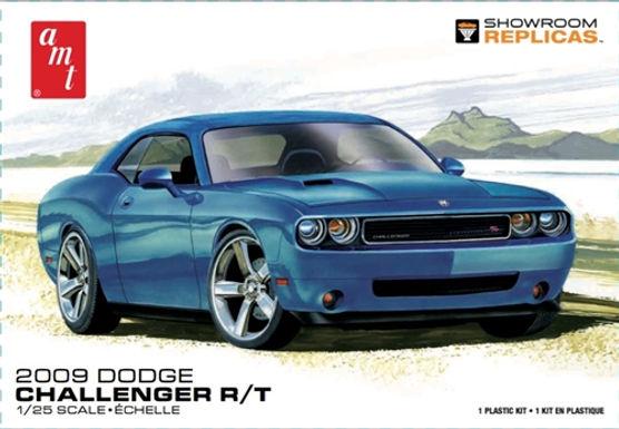 AMT-1117 1/25 2009 Dodge Challenger R/T Plastic Kit