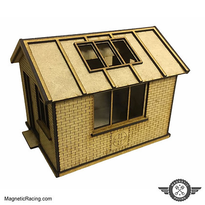 MAGNETIC RACING 008 First Aid Hut 1:32 scale Kit