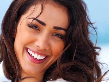 Clareamento Dental. Tenha o sorriso branco que você sempre desejou.