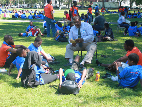 Project Longevity's Stacy Spell joins LEAP for its annual Read-In on the New Haven Green!