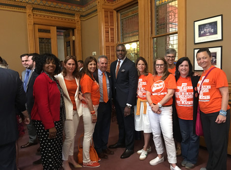 PROJECT LONGEVITY JOINS GOVERNOR LAMONT AND GUN VIOLENCE PREVENTION ADVOCATES FOR THE SIGNING OF LAW