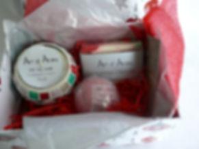 Giftbox Frankincense & Myrrh.JPG