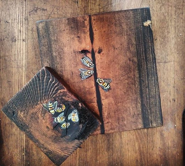 miniature art available - Bees in the cracks  #chalavie #art #miniatureart #wood #bees #marvista