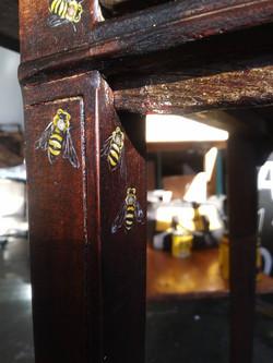 Bee Table/desk