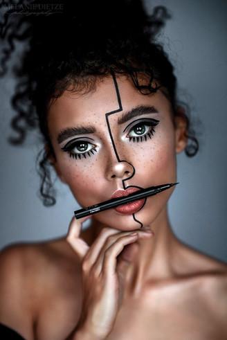 Photographer/Edit/Hair/Make up: Melanie Dietze Model: Michelle